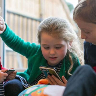 تبلیغات شرط بندی در بریتانیا برای کودکان ممنوع شد