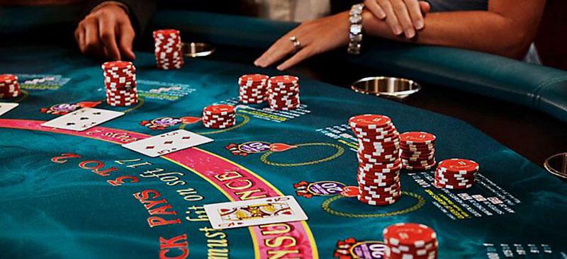 جو کلاسون همچنان از جمله قماربازان حرفه ای و شناخته شده در بازی بلک جک میباشد