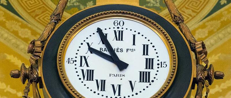 بسیاری از کازینوها در محیط خود از ساعت استفاده نمی کنند