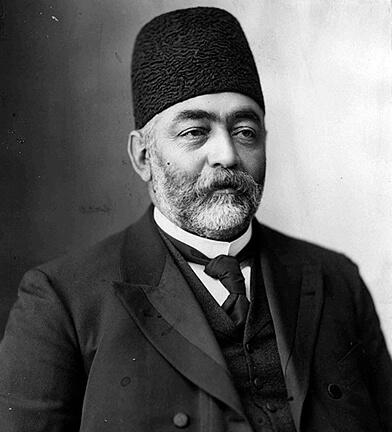 تصویری از میرزا علی اصغر خان اتابک ملقب به امین السلطان