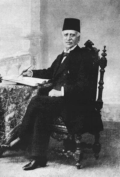 تصویری از میرزا ملکم خان بانی قرارداد امتیاز لاتاری ایران