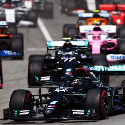 رانندگان مسابقات اتومبیلرانی فرمول 1 که پوکربازی میکنند